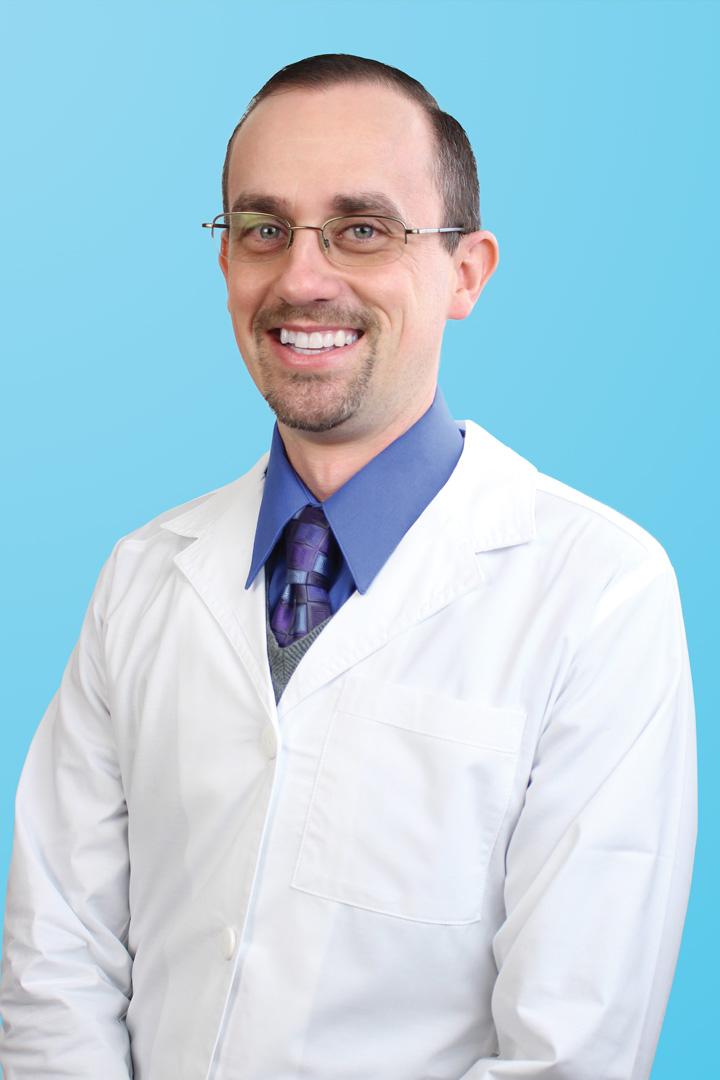 Meet The Doctor - Mint Dental Team   Cortland, OH